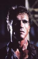 Arnold Schwarzenegger in: Total Recall - Die totale Erinnerung