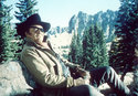 John Wayne in: Der Marshal
