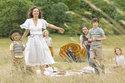Emma Thompson in: Eine zauberhafte Nanny - Knall auf Fall in ein neues Abenteuer