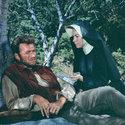 Clint Eastwood in: Fressen f�r die Geier